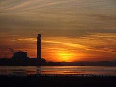 Sunrise- Longannet Power Station (cocopie) Tags: sunrise