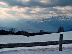 in un giorno d'inverno - in a winter day (ma.ri_na) Tags: neve inverno belluno colindes dolomitibellunesi gruppodelloschiara