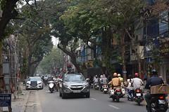 Hanoi's Old Quarter traffic (Linas G) Tags: street asia traffic vietnam hanoi oldquarter