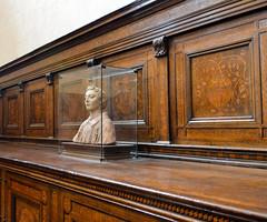 Bust (Francisco Anzola) Tags: italy church florence italia catholic tuscany firenze sanlorenzo toscana medici