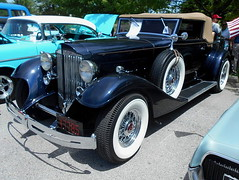 1933 Packard Twelve Roadster (splattergraphics) Tags: carshow twelve packard 1933 roadster wilmingtonde dravoplaza wilmoagogo