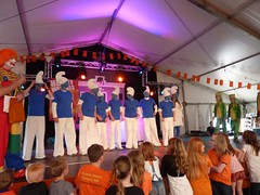 "Koninginnedag 2012 • <a style=""font-size:0.8em;"" href=""http://www.flickr.com/photos/96965105@N04/8948686181/"" target=""_blank"">View on Flickr</a>"