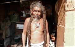 The Dreadlocks of Baba (Vincentdevincennes) Tags: nepal portrait people man dreadlocks streetlife hinduism baba sadhu pashupatinath
