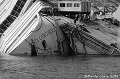 Costa Concordia (fotohexe2013) Tags: costa del porto concordia giglio isola toskana nikond5100