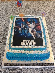 Star Wars cake by Brenda L, Santa Cruz Ca, www.birthdaycakes4free.com
