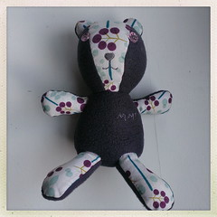 "A bear for Matilda <a style=""margin-left:10px; font-size:0.8em;"" href=""http://www.flickr.com/photos/24597018@N04/11715973114/"" target=""_blank"">@flickr</a>"