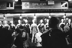 Salida (8zil) Tags: people film mexicocity df gente metro kodak 28mm scanned salida exit maniqui scannednegative c41 ciudaddeméxico negativoescaneado