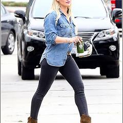 Hilary Duff Struts Her Bodacious Thighs/Legs In Skin-Tight Jeans (riteio) Tags: hilary her jeans bodacious duff struts skintight in thighslegs http36mediatumblrcom927e4bab5f18a56508b1eccd2ad03267tumblrnizivmgyyj1tmg31go1400jpg