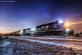Norfolk Southern SD40's in Marion, Ohio