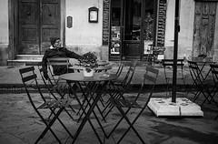 Florence I Italy (Javier Zapatero) Tags: street plaza portrait blackandwhite italy coffee caf bar photography florence blackwhite italia fuji candid streetphotography florencia firenze streetphoto fotografia cafetera morningcoffee urbanphotography candidportrait callejera xt1 zapaphoto
