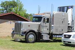 IMG_2843 (RyanP77) Tags: show california b white truck log model shiny trucker international chevy chrome r pete logger gmc peerless kw peterbilt ih kenworth cabover bullnose fruehauf