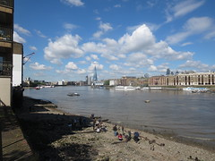 Thames view from Rotherhithe (upriver) at low tide (John Steedman) Tags: uk greatbritain england london thames river unitedkingdom rotherhithe themse grossbritannien     grandebretagne    thamise
