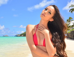 Under Consideration (Ctuna8162) Tags: red woman beach beautiful tia hair hawaii mujer rojo eyes oahu playa bikini linda lanikai
