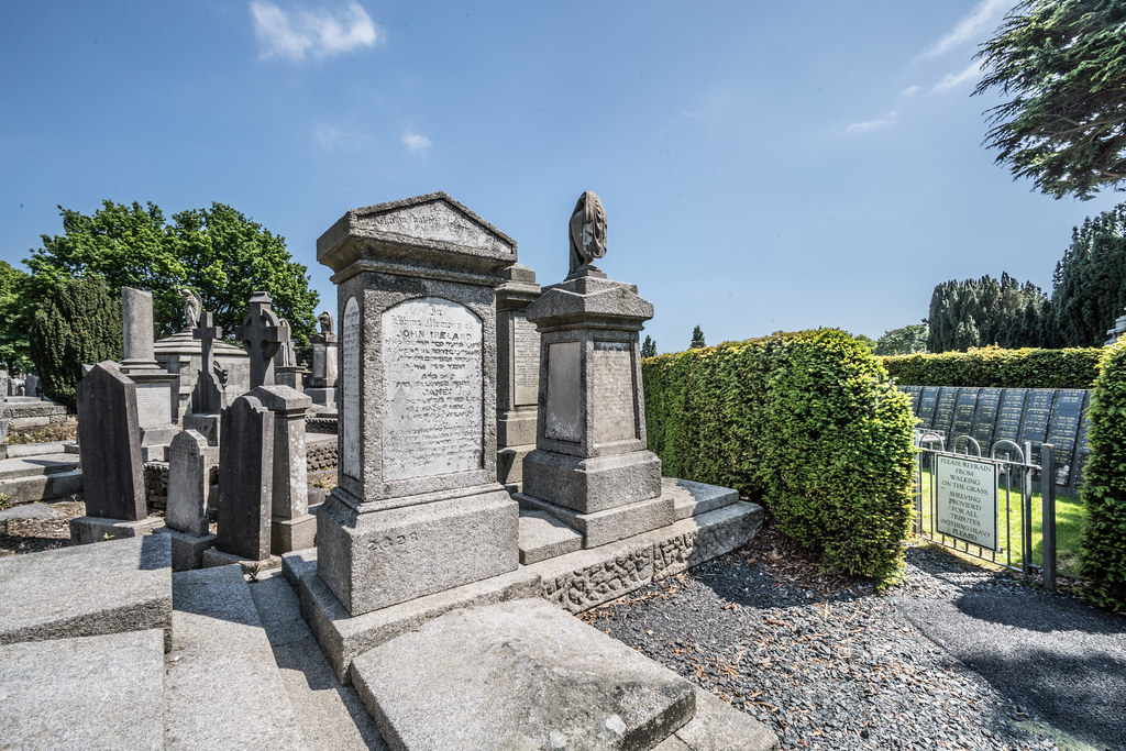 MOUNT JEROME CEMETERY AND CREMATORIUM IN HAROLD'S CROSS [SONY A7RM2 WITH VOIGTLANDER 15mm LENS]-117094