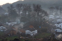 P3050397new (klausen hald) Tags: china morning mist mountain fog sunrise landscape countryside village outdoor country mountainside morningmist wuyuan shicheng