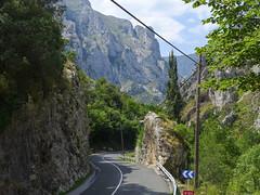 Cutting through the cliffs (rimerbl) Tags: leica espaa cliff mountains spain asturias canyon picosdeeuropa leicadlux6 dlux6