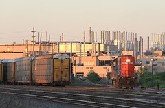 Truck & Bus (GLC 392) Tags: auto railroad sunset bus mi cn train truck gm general michigan railway grand canadian motors national rack western trunk flint gtw emd gp382 4907