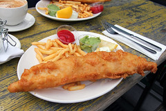Fish n chips by the Thames (Canadian Pacific) Tags: food london kitchen bar restaurant riverside unitedkingdom britain great central meal british riverfront lambeth se1 fishnchips aimg0684