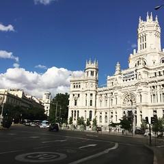 Palacio de Cibeles, Madrid (Nebelang) Tags: refugeeswelcome welcome refugees madrid cibeles palacio instagramapp square squareformat iphoneography juno