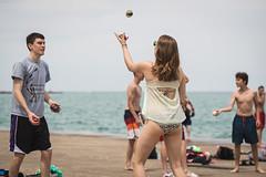 DI3I3360 (SauceyJack) Tags: chicago beach june illinois saturday il juggling juggle juggler oakstreetbeach lrcc 7020028isiil sauceyjack lightroomcc canon1dxmarkii canon1dxmark2 oakstreetbeachjugglers