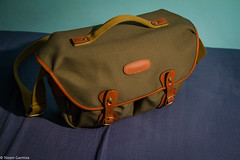 Papa's Got A Brand New Bag (EagleXDV) Tags: bag flash hadley camerabag billingham photographybag