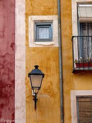 (juguzcam) Tags: windows red espaa white blanco yellow ventana spain rojo farola textures finestra amarillo lamppost giallo tubing rosso bianco texturas cuenca lampione castillalamancha tubera 2013 conduttura olympuse30 mygearandme mygearandmepremium