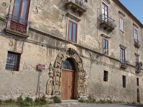 VV-Vibo Valentia-Palazzo Marzano 104_L