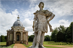 William of Orange (JayTeaUK) Tags: heritage statue gardens pose landscape formal bedfordshire pavilion archer baroque countryhouse kingwilliam englishheritage williamoforange wrestpark johnnost kingwilliamlll