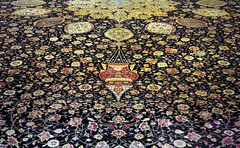 Ardabil Carpet, detail with lamp close