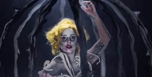 ladygaga-applause-2
