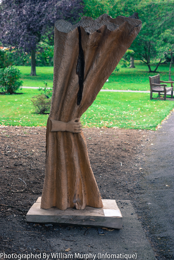 Revealing By Con Gent - Sculpture In Context 2013