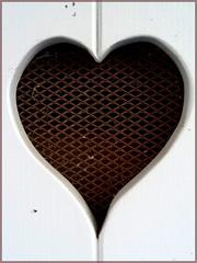 Atout coeur (monalisabis) Tags: coeur porte drôme saillans