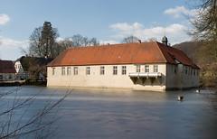 CRW_3075 (Tobwie) Tags: castle schloss mnster burg tecklenburg mnsterland herrenhaus tecklenburgerland 100schlsserroute