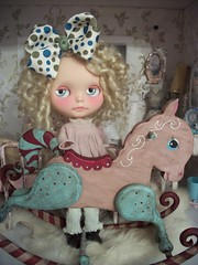 I love this rocking horse!!!