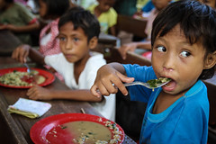 FMSC Distribution Partner - Philippines (Feed My Starving Children (FMSC)) Tags: poverty eating philippines christian hunger hungry feed volunteer awareness organization sustainability nonprofit worldhunger foodaid fmsc feedmystarvingchildren mannapack