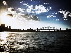 Sydney Harbour icons #thecoathanger #sydney #sydneyharbour #operahouse #harbourbridge (yakidkay) Tags: sydney operahouse harbourbridge sydneyharbour thecoathanger