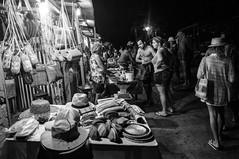 Mercado na beira do rio (felipe sahd) Tags: brasil pessoas noiretblanc mercado maranho barreirinhas lenismaranhenses 123bw