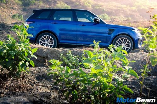 Range-Rover-Sport-SVR-03