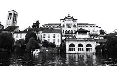 "Monastero ""Mater Ecclesiae"" (Ste Cube) Tags: bw lago blackwhite bn bianconero monastero orta lagodorta ortasangiulio stecube"