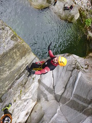 P1120402 (Mountain Sports Alpinschule) Tags: blue mountain sports lagoon canyoning zillertal zemmschlucht alpinschule