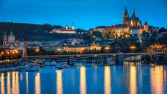 Evening, bright lights and the beautiful Prague (Robert Schller) Tags: evening prag hradschin vltava