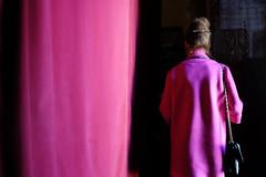 chameleon's back (yaya13baut) Tags: street pink color portugal back streetlight fuji purple curtain streetphotography streetlife fujifilm coimbra colorstreet coimbre fujix100s x100s