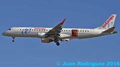 EC-LKM - Air Europa - Embraer ERJ-195LR (ERJ-190-200 LR) (Juan Rodriguez - PMI/LEPA) Tags: plane airplane nikon aircraft sigma mallorca palma aeropuerto embraer 70200mm aireuropa d90 skyteam sonsanjuan sonsantjoan rcdmallorca erj195 eclkm pmilepa centenariordcmallorca