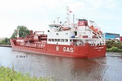 B Gas Commander 7 (Nick's Picks 1208) Tags: manchestershipcanal latchfordlocks