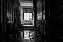 Top Immobilie (dioptrie79) Tags: berlin weisensee nikon d5300 bw stairway treppe old alt abandoned places verlassen kinderklinikum schwarzweis