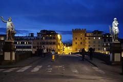 Florenz bei Nacht004 (Roman72) Tags: italien architecture stadt architektur firenze nightshots oldcity ville florenz nachtaufnahmen
