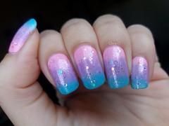 Pastel mermaid. (lissa_is) Tags: esmalte nail nailpolish nailart pastelnails mermaid pastelmermaid impala risqu topbeauty hits degrad