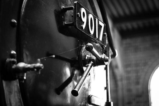 Engine 9017