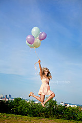 Hendersonville TN Senior Photographer (Summer- Real Promises Photography) Tags: balloons jumping nashvilletn seniorphotography hendersonvilletn realpromisesphotography summersafrit nashvilleseniorphotographer