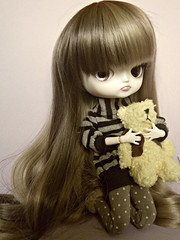 ~ (Kaly-The-Rainbow) Tags: brown outfit eyes chibi dal wig marron custo risa morena bicolor coolcat bicolore eyechips formydoll